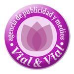 Logo de Vial y Vial Publicidad y Marketing ltda